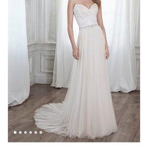 Maggie Sottero Patience Diamond White Sample Dress